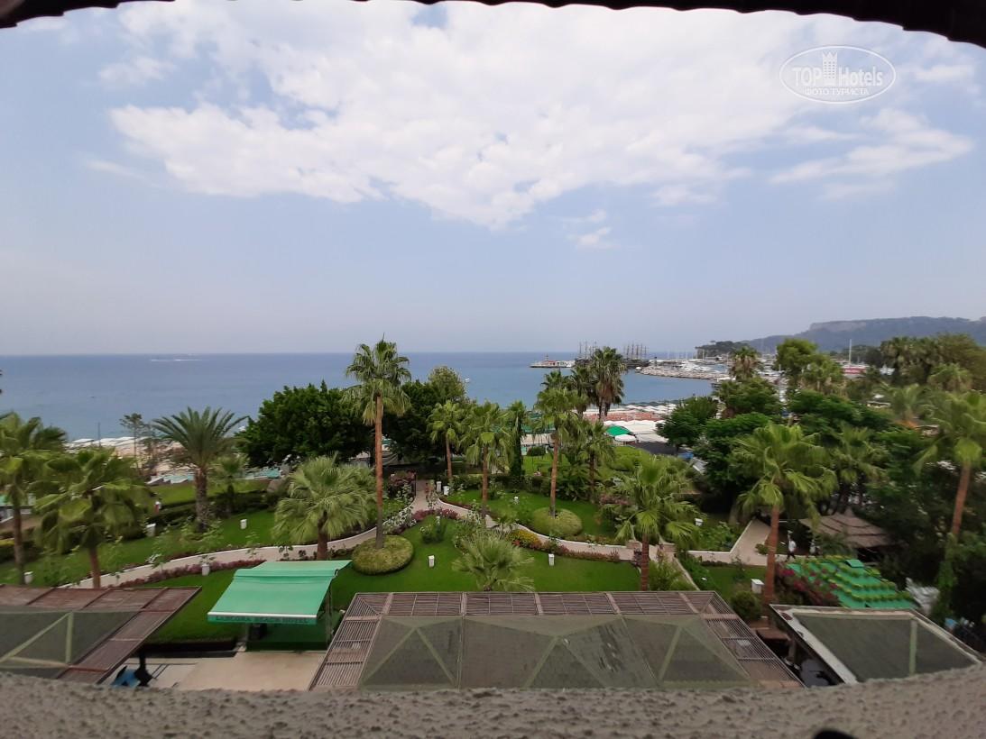 Где отдохнуть в сентябре недорого на море. Территория отеля