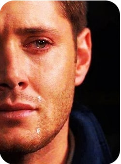 Мужчина плачет. почему изменяют жёны